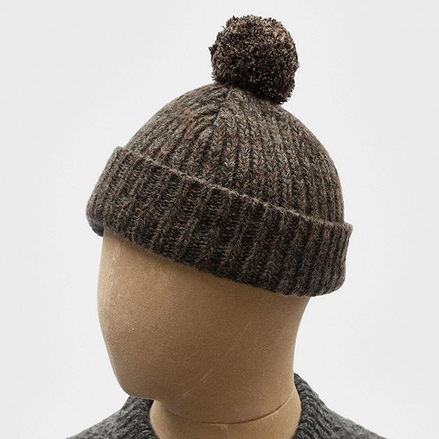 bobble-hat-tobacco-geelong-wool-1.jpg