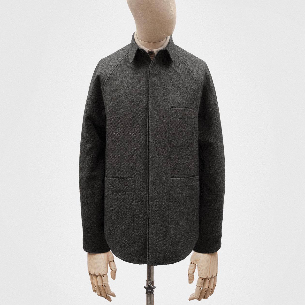overshirt-dark-grey-knit-wool-1@2x.jpg