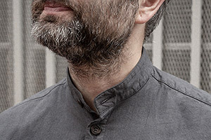 charcoal grey calico cotton shirt worn 4xs on Worn page